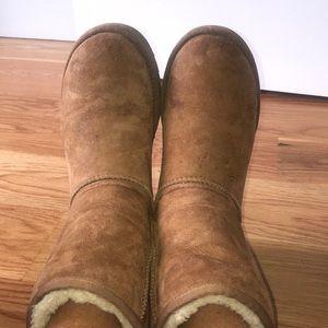Chestnut Short Ugg Boots Size 7